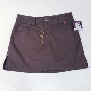 GV Brown Skort with Bead Chain Belt - Size 14- NWT